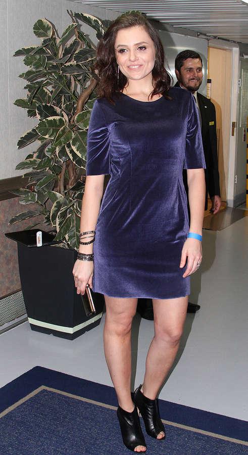 Monica Iozzi Feet
