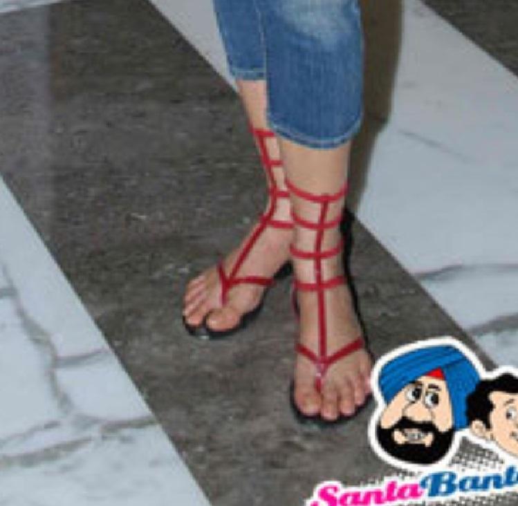 Jasveer Kaur Feet