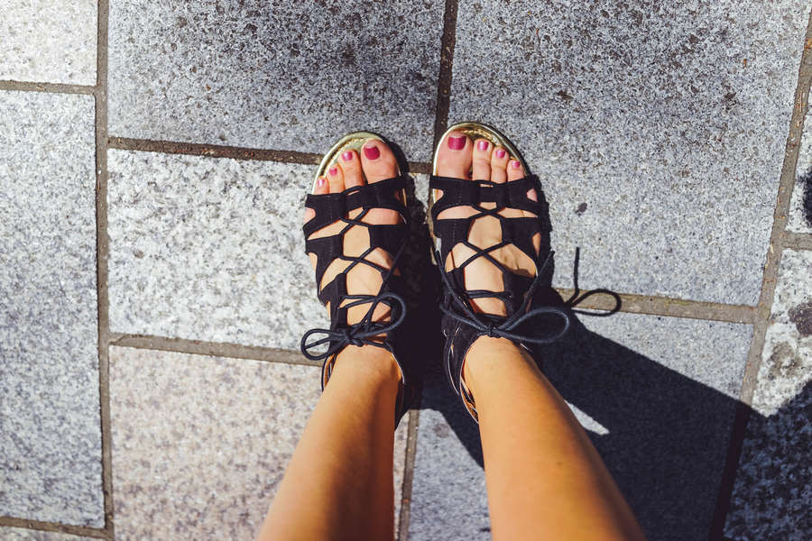Emma Wo Feet