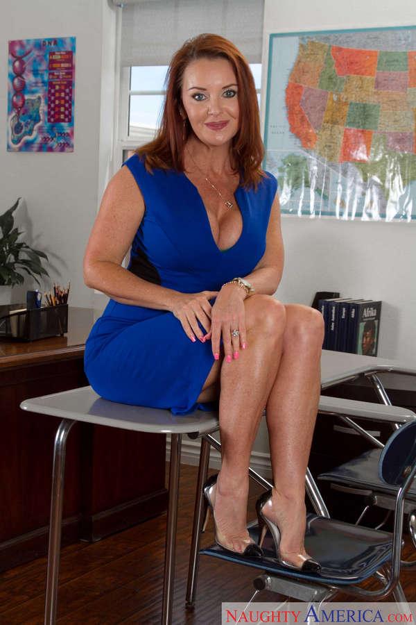 Janet Mason Feet (32 photos) - celebrity-feet.com