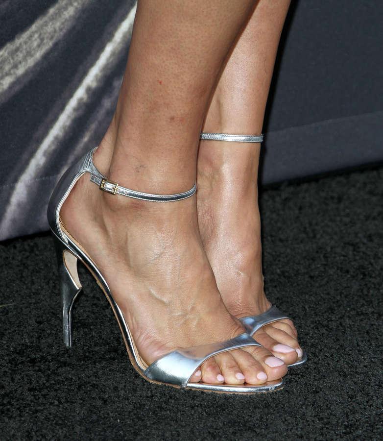 Paula Patton Feet