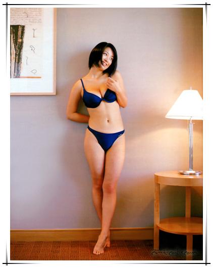 Minako Komukai Feet