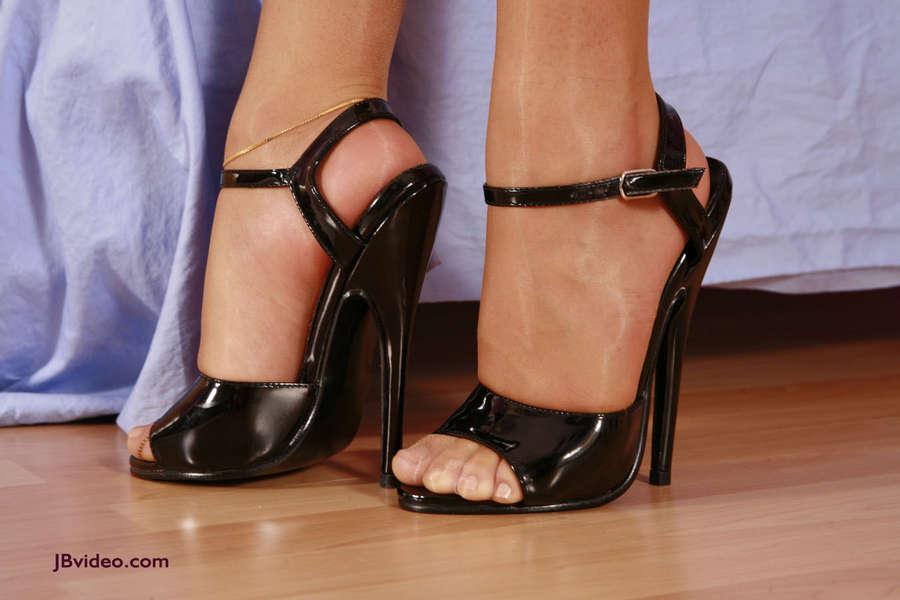Sienna West Feet
