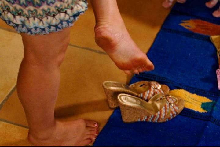 Piper Perabo Feet