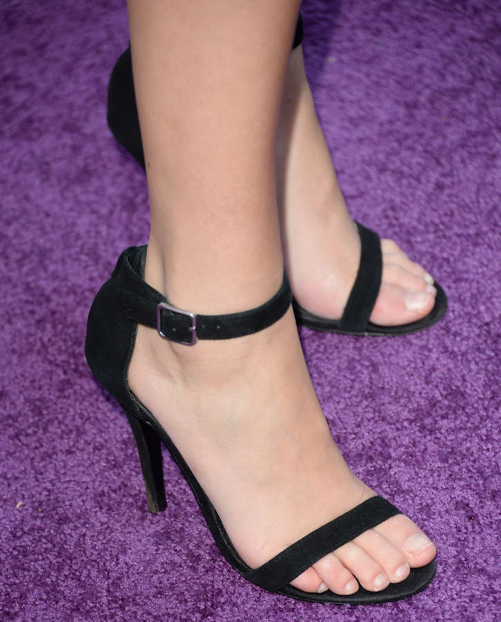 Alexa Vega Feet