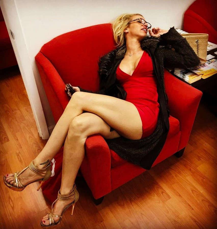 Carol Paredes Feet