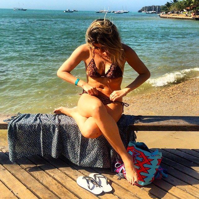 Julia Faria Feet