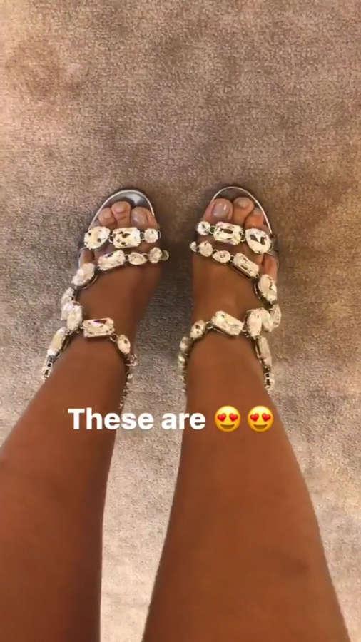 Angela Rye Feet