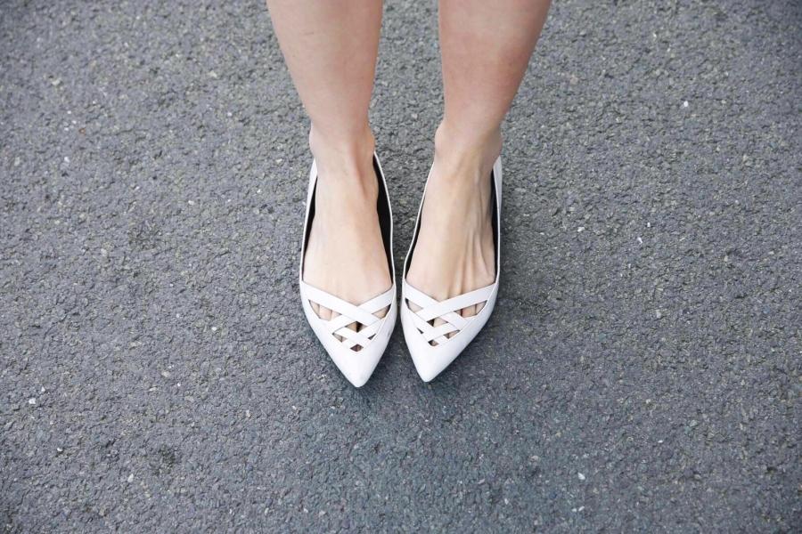 Camila Coutinho Feet