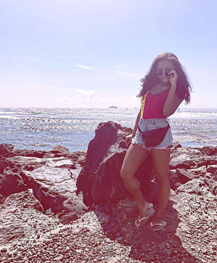 Samira Mighty Feet