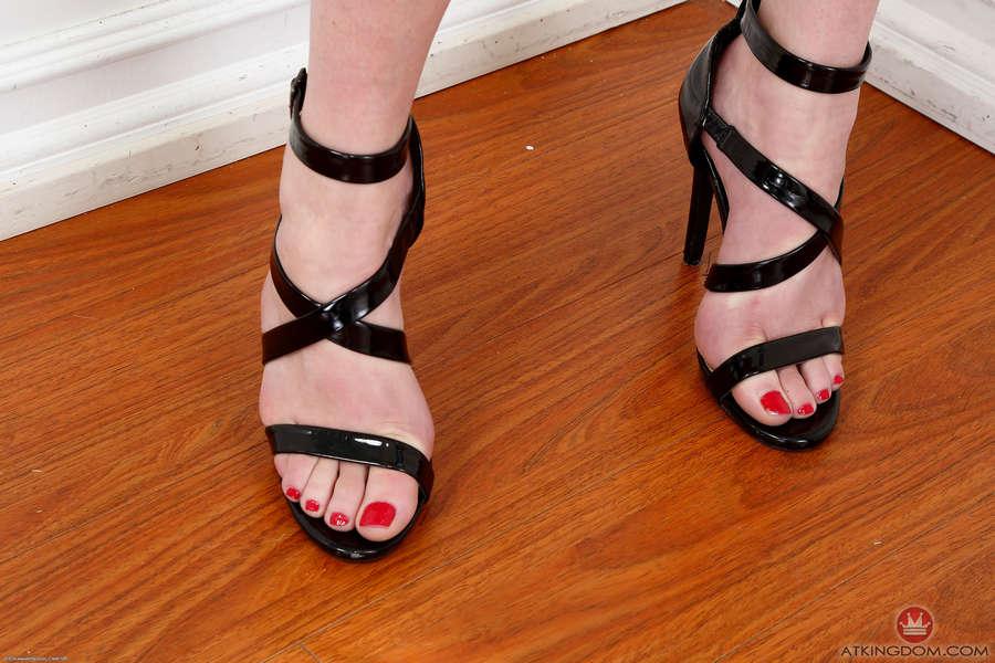 Cassidy Blanc Feet