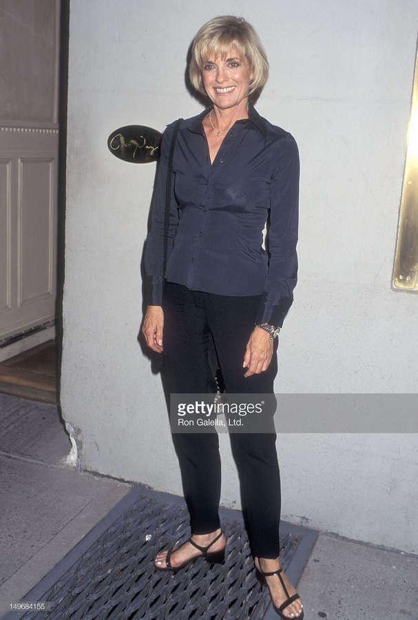 Linda Gray Feet