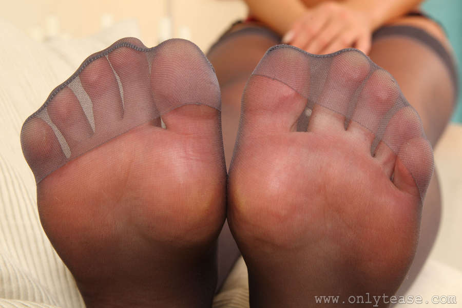 Stacey Poole Feet