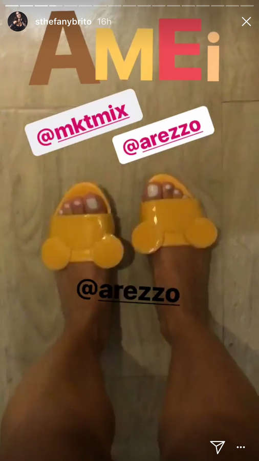 Stephany De Brito Feet