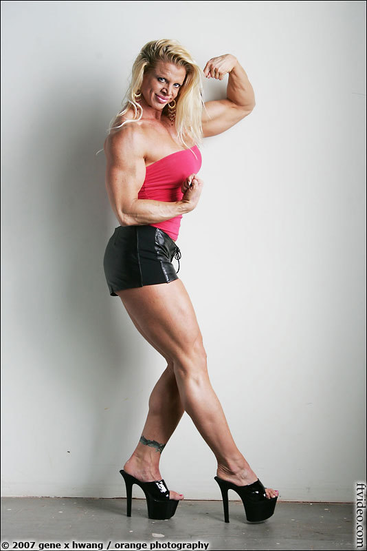 Gabrielle Nicander Feet