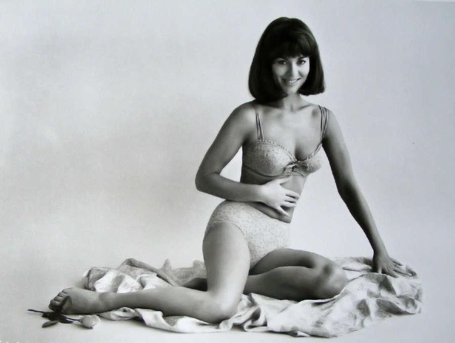 Anne Heywood Feet