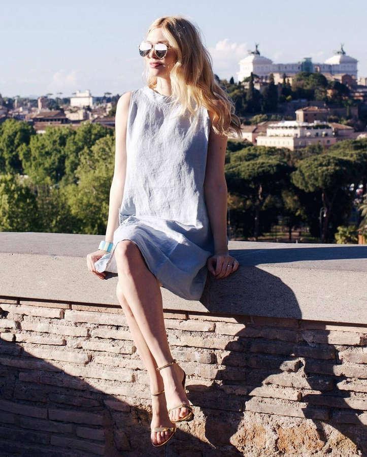 Eleonora Albrecht Feet