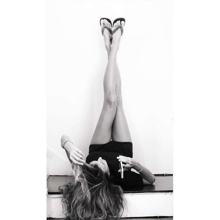 Kelly Bensimon Feet