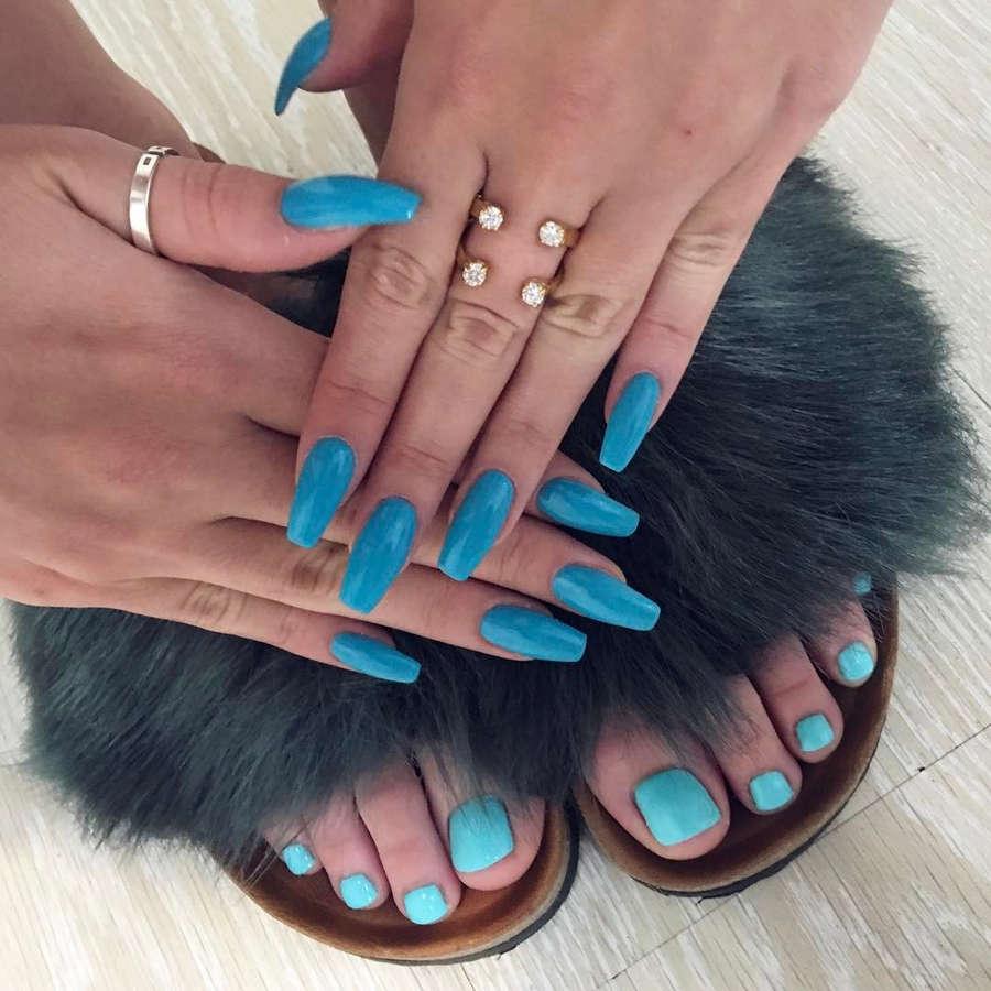 Honorata Skarbek Feet