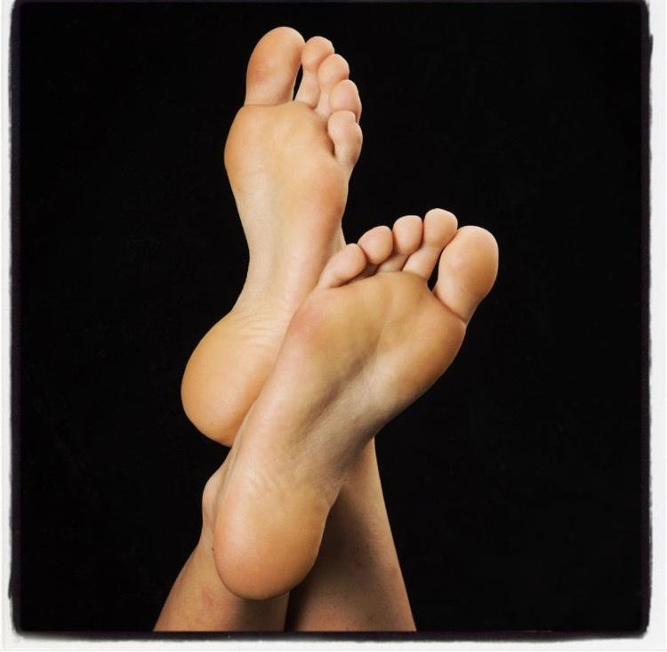 Alana Ferri Feet
