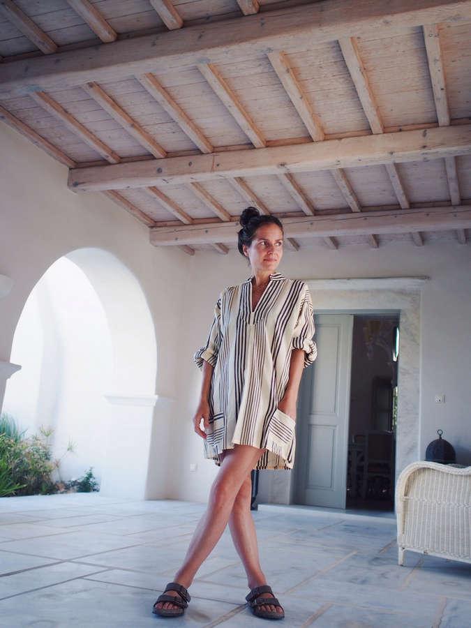 Julia Rebaudo Feet