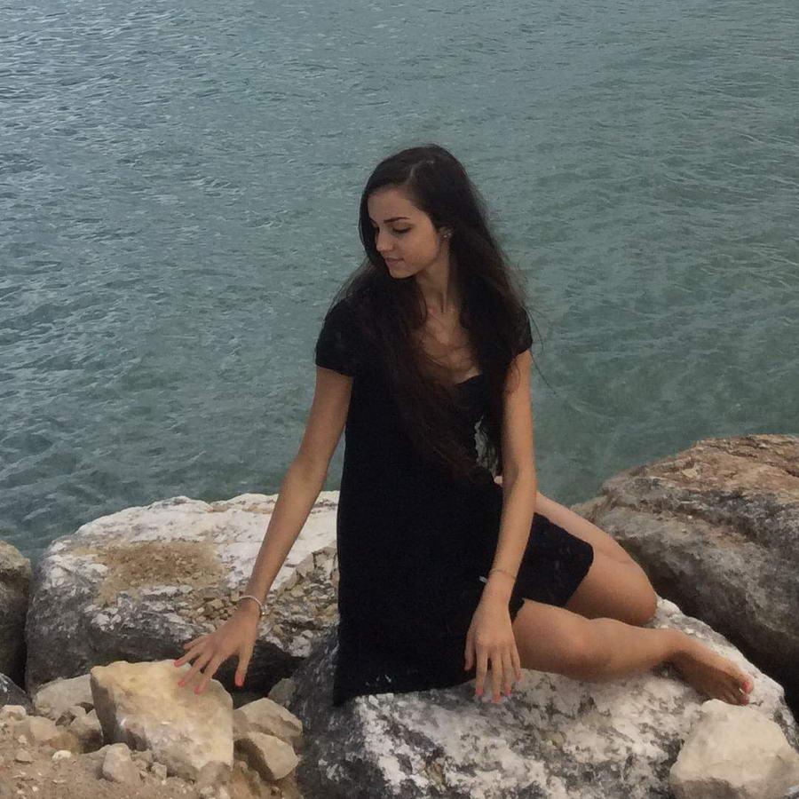Lucrezia Roberta Di Michele Feet