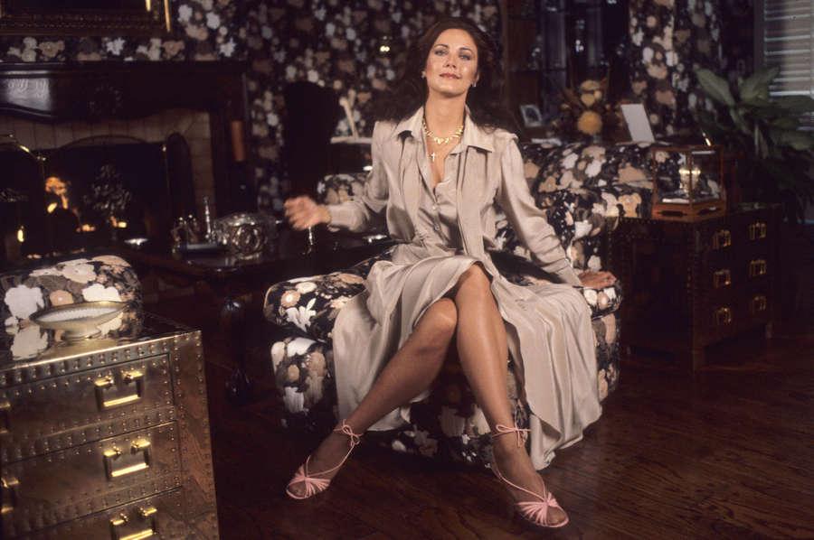 Lynda Carter Feet