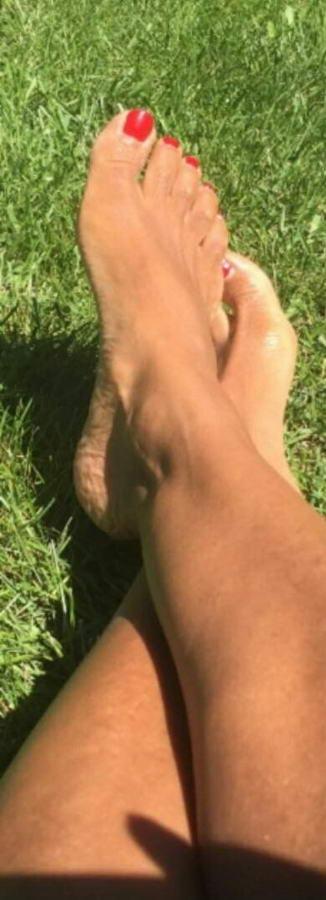 Jossie Thacker Feet