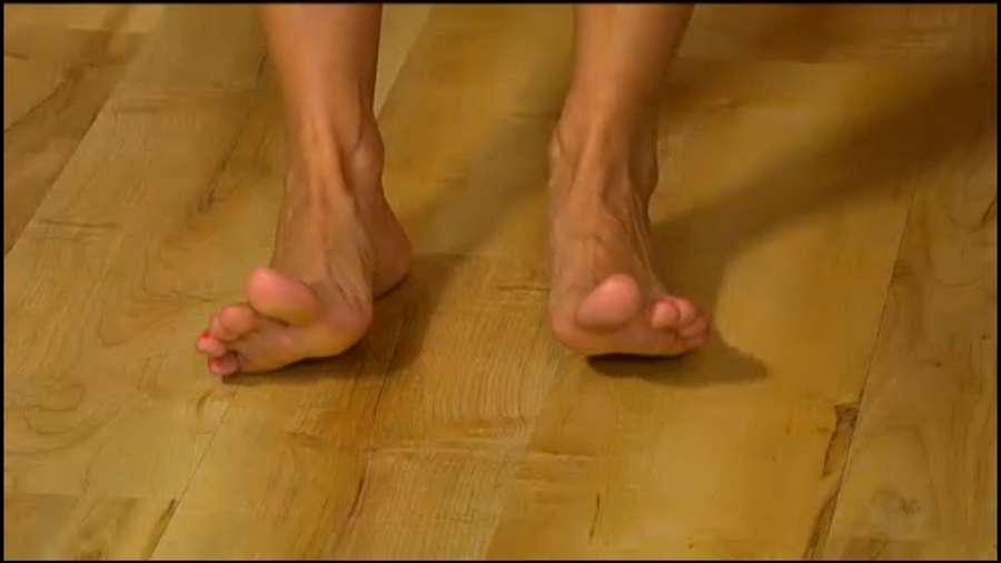 Cat Sandion Feet