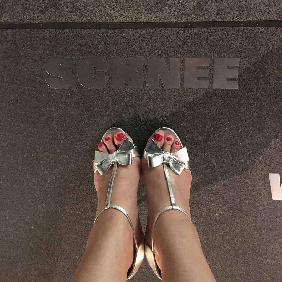Ruth Moschner Feet