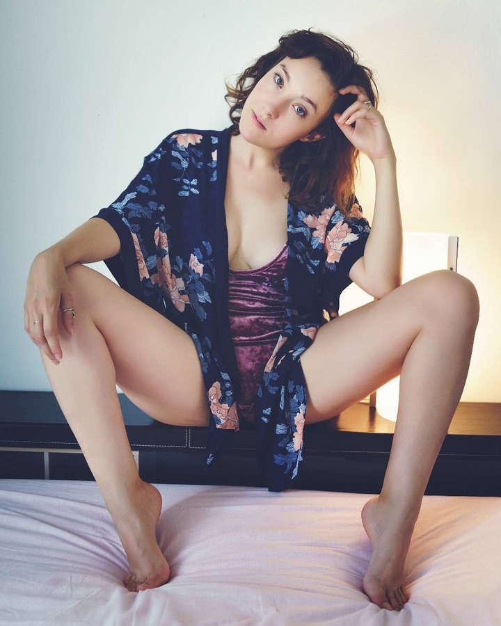 Elisa Zanotto Feet