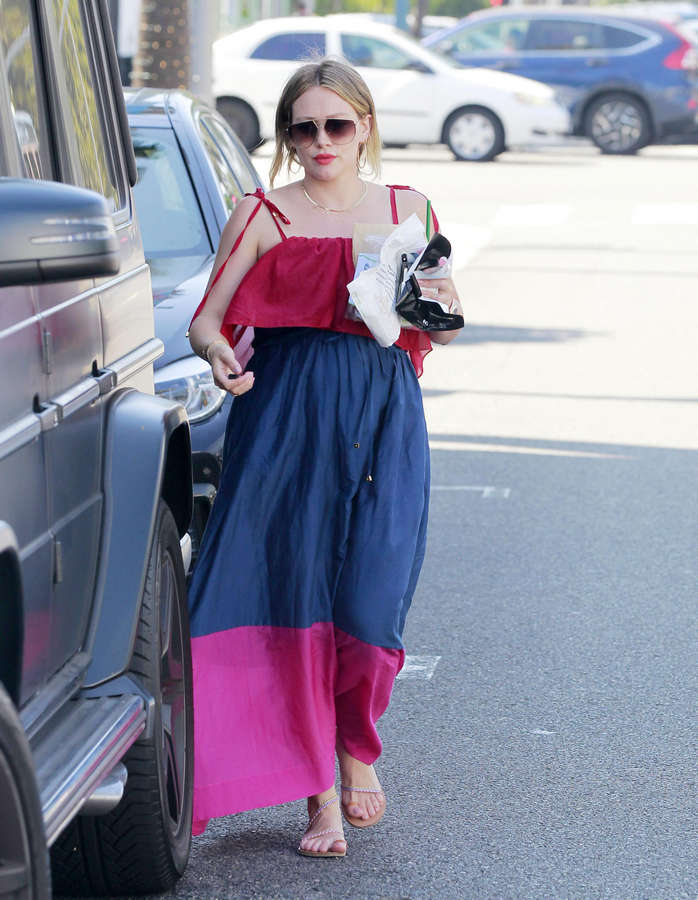 Hilary Duff Feet