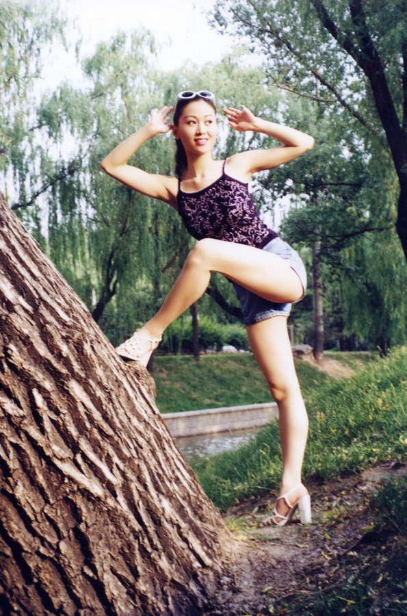 Jiali Tang Feet