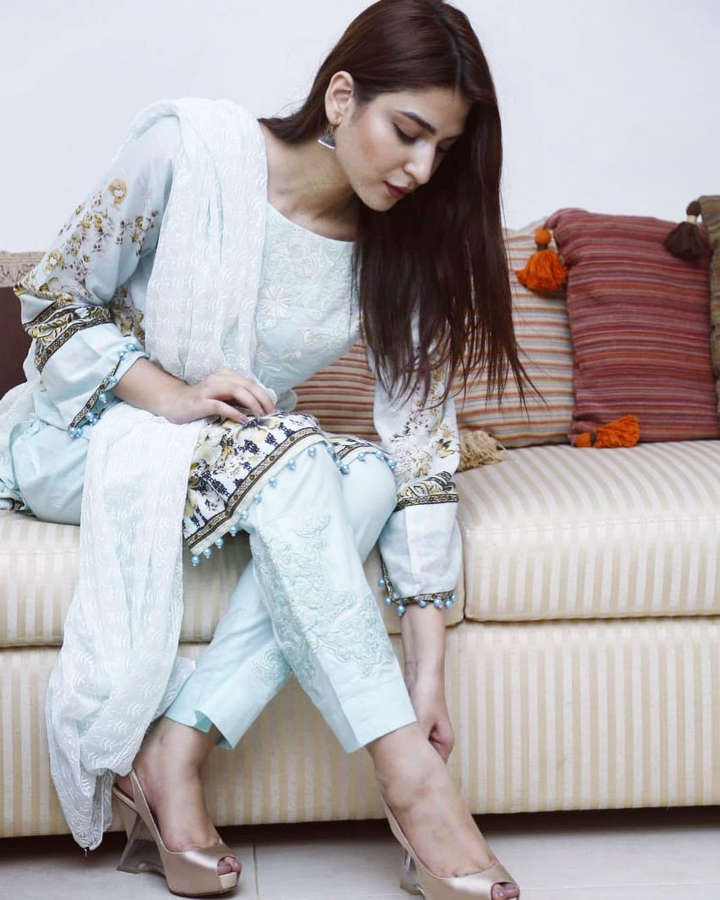 Ramsha Khan Feet