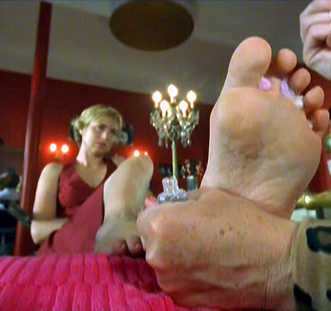 Corinna Harfouch Feet
