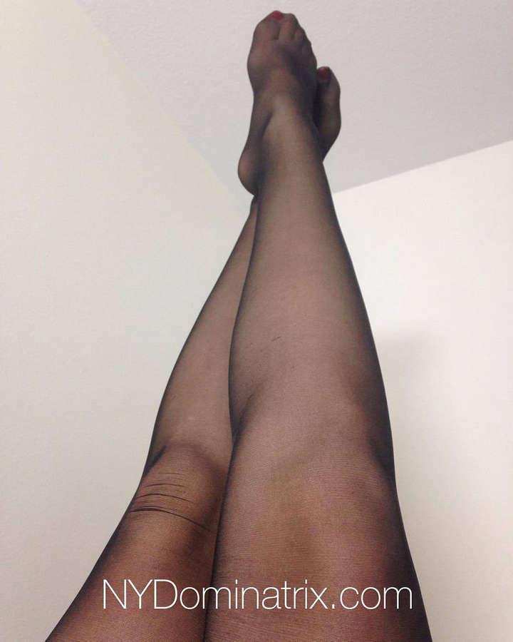 Elena DeLuca Feet