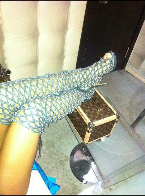 Nuran Feet
