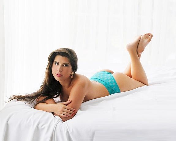 Andressa Ganacin Feet