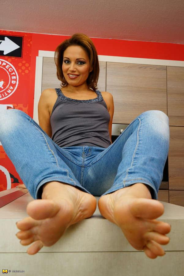 Szilvia Lauren Feet