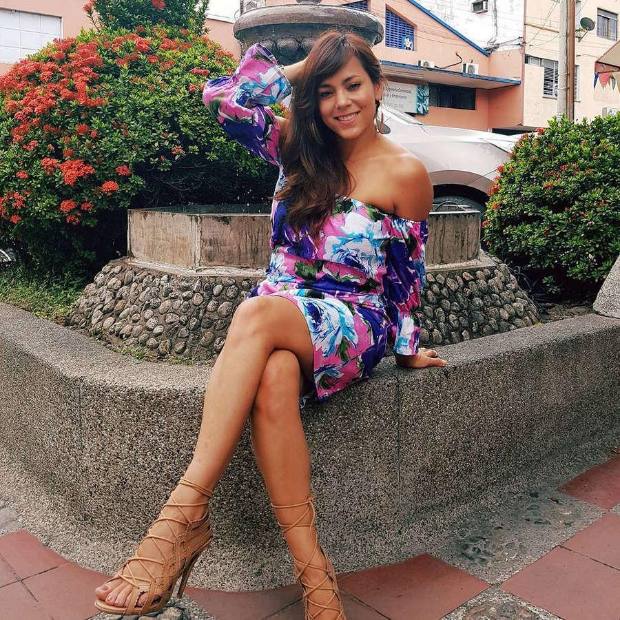 Adriana Botina Feet