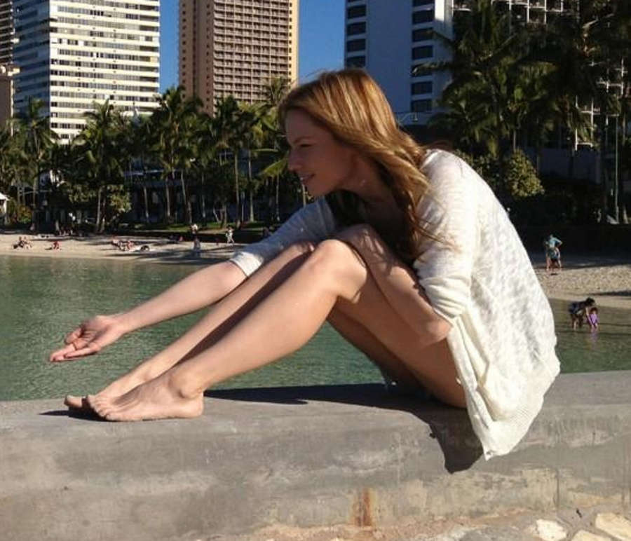 Kathleen Elliott Feet