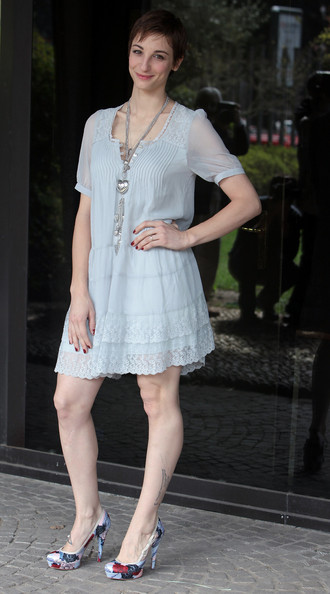 Francesca Inaudi Feet