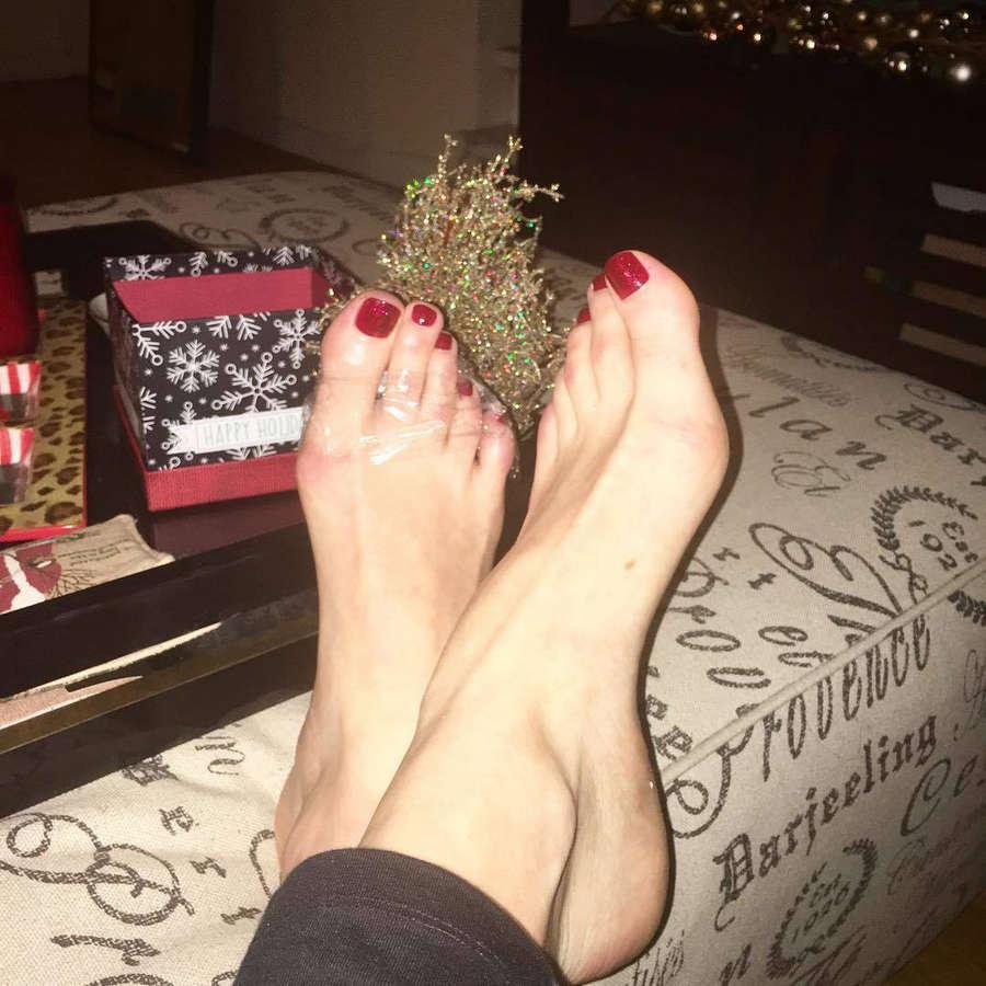 Holly Burt Feet