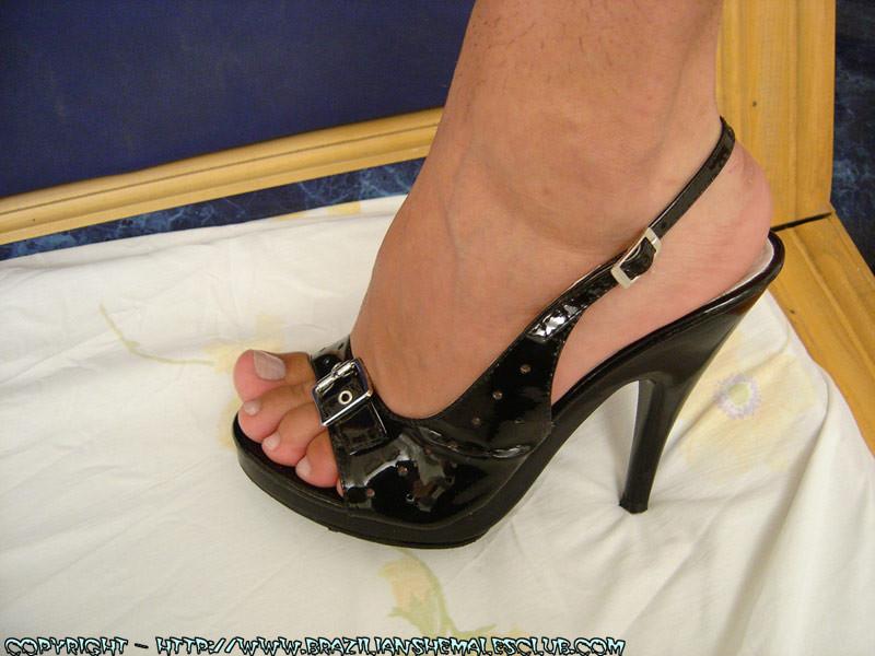 Bianca Freire Feet