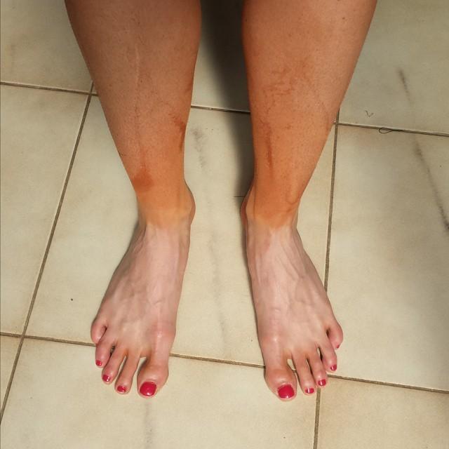 Alize Cornet Feet
