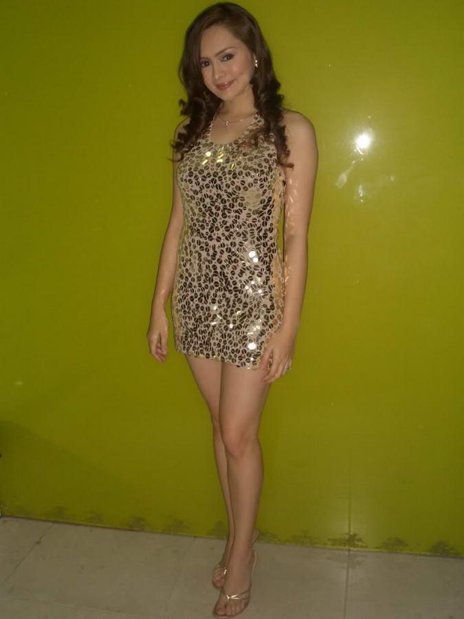 Angelika Dela Cruz Feet