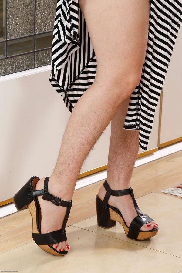 Simone Delilah Feet