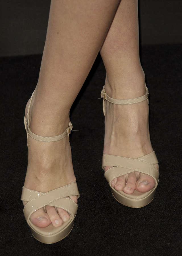 Helen Lindes Feet