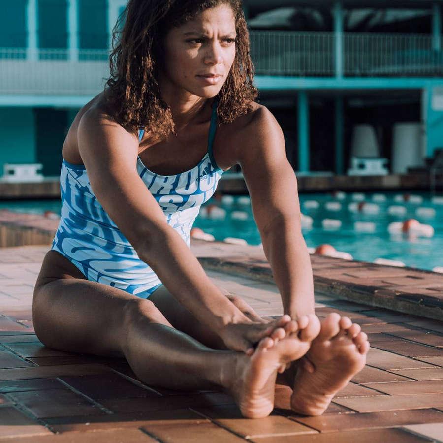 Coralie Balmy Feet