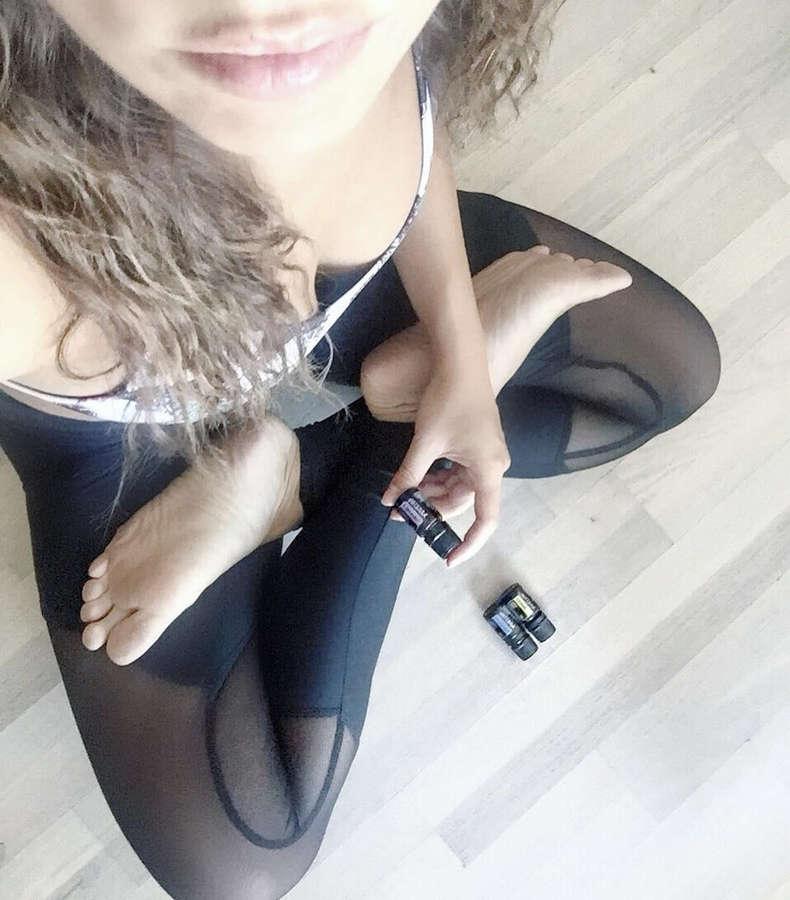 Claudia Casanova Feet
